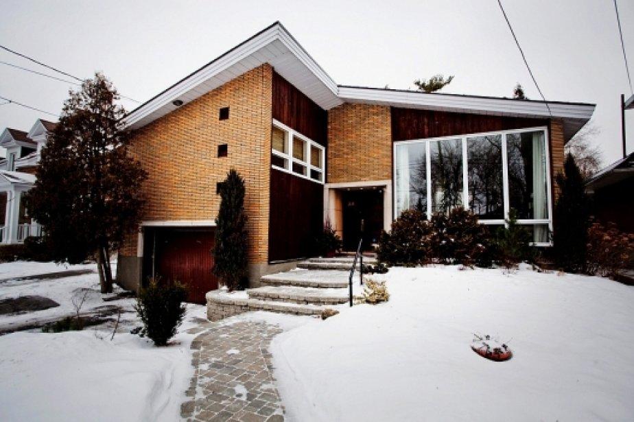 Une maison d 39 architecte lachine ouest val rie v zina collaboration s - Architecte maison de luxe ...