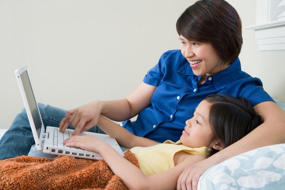Actives sur les forums et les réseaux sociaux pour comparer des... (Photos.com)