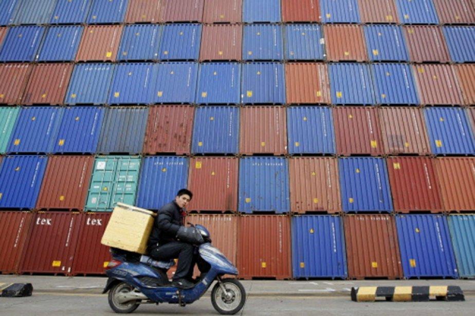 La Chine a renoué en mars avec un excédent commercial, mais... (Photo Reuters)