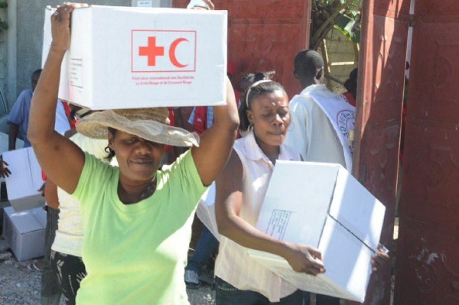La lutte au choléra se poursuit sur le... (Photo AFP)