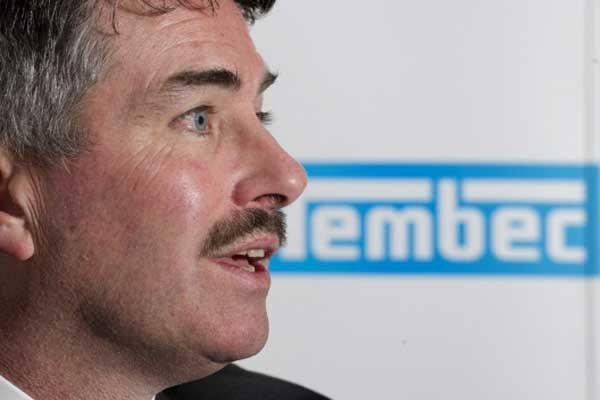 Le grand patron de Tembec James Lopez.... (Photo La Presse Canadienne)