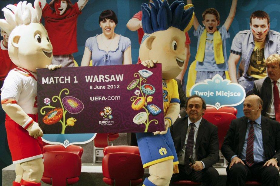 L'UEFA a donné mardi le coup d'envoi officiel des ventes de... (Photo: Reuters)