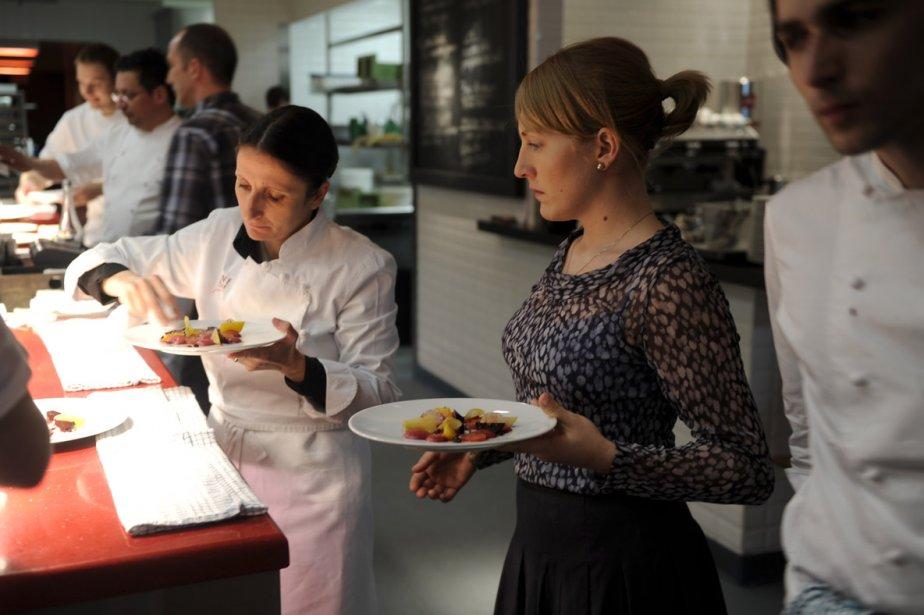 La chef Anne-Sophie Pic dans les cuisines de... (Photo: Bernard Brault, La Presse)