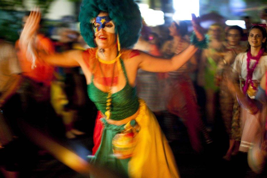 Le Brésil plonge dans la fièvre du carnaval... (Photo: AP)