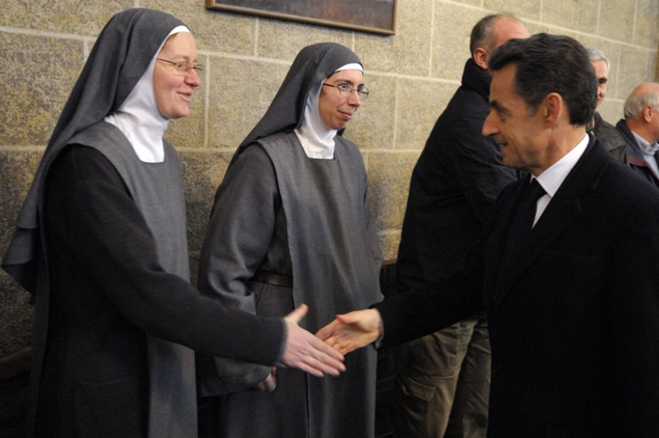 Nicolas Sarkozy a visité la cathédrale de Puy-en-Velay,... (Photo: Reuters)