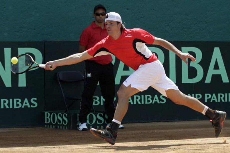 Milos Raonic a gagné ce vendredi son match... (Photo Reuters)