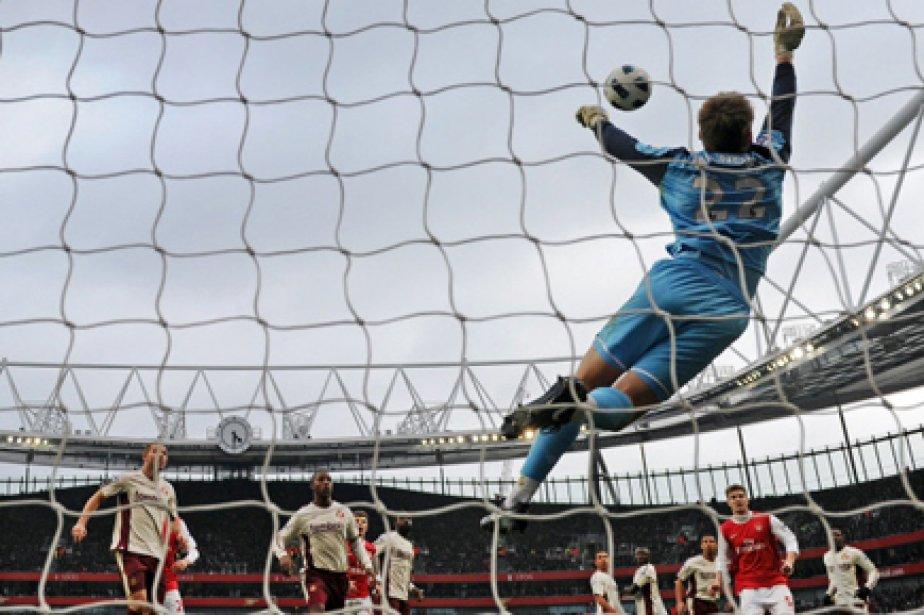 Les occasions n'ont certes pas manqué. Bendtner (40e... (Photo: Adrian Dennis, AFP)