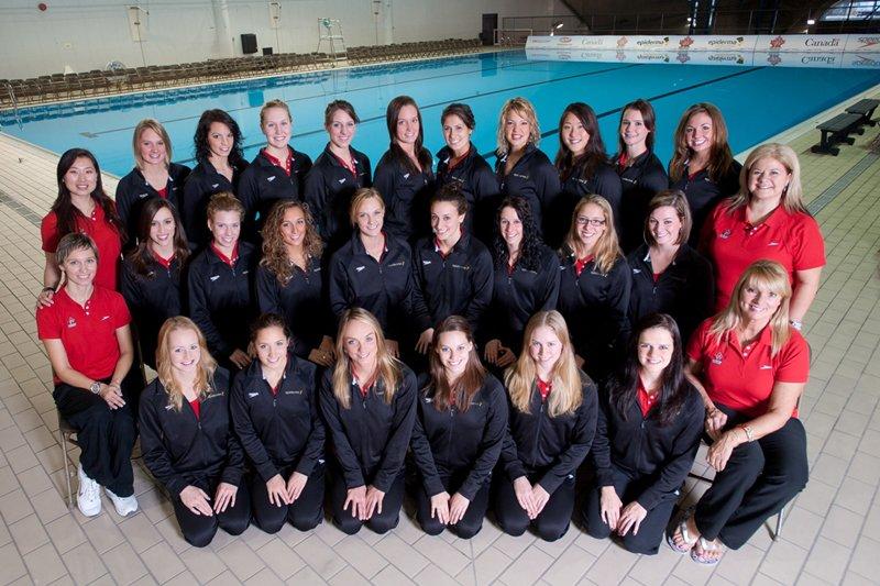 L'équipe nationale de nage synchronisée....
