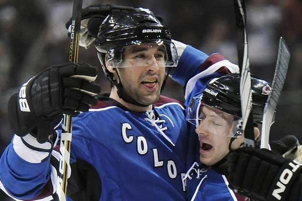 Ryan O'Byrne (à gauche).... (Photo Associated Press)