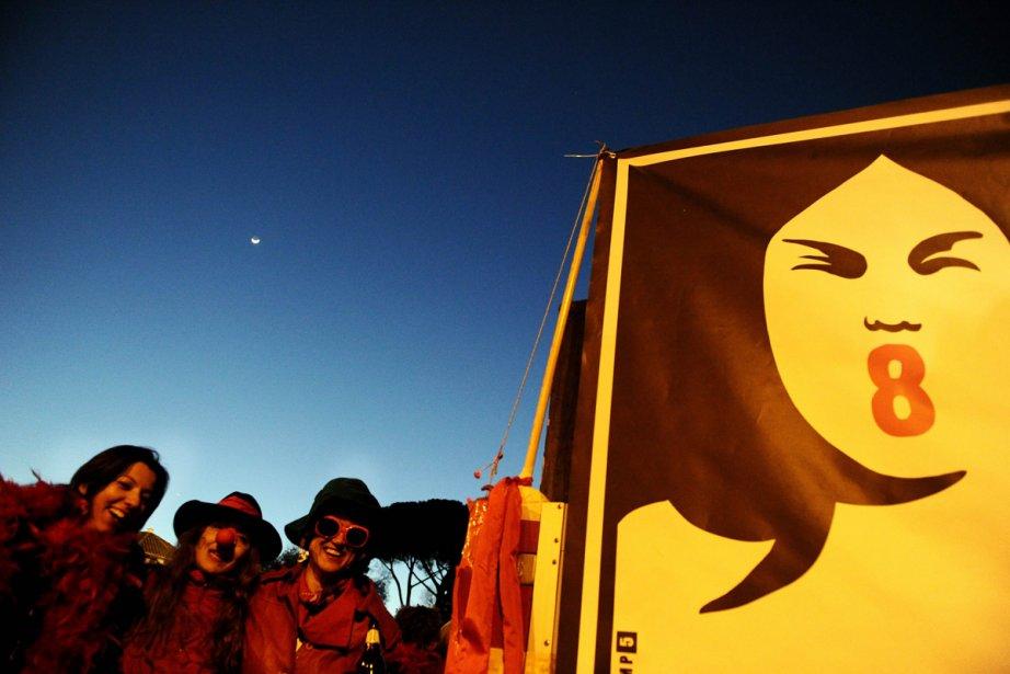 À Abobo, des centaines de femmes ont marché... (Photo: AFP)