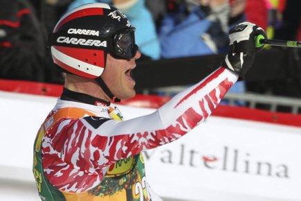 L'Autrichien Michael Walchhofer.... (Photo: Geir Olson, Reuters)