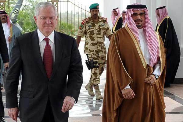 Le secrétaire américain à la Défense, Robert Gates,... (Photo Reuters)