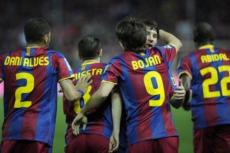 Le FC Barcelone et Valence, deux clubs de première division... (Photo: AFP)