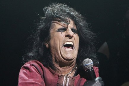 Alice Cooper sur scène à Londres en 2010.... (Photo: AP)