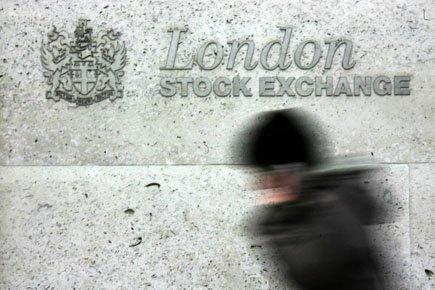 La semaine dernière, quatre des six autres banques... (Photo: Sang Tan, PC)