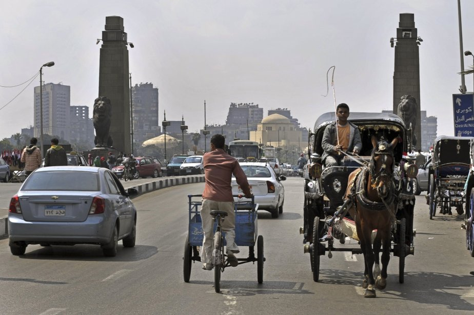 Dans le monde arabe, on assiste à une... (PHOTO: ARIS MISSINIS, AFP)