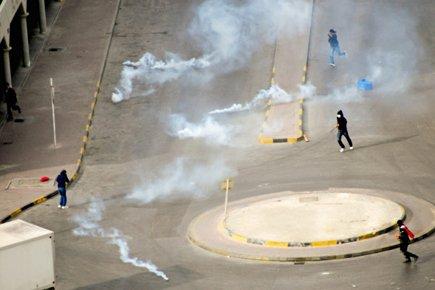 Mercredi, des protestataires ont été la cible de... (Photo: Reuters)
