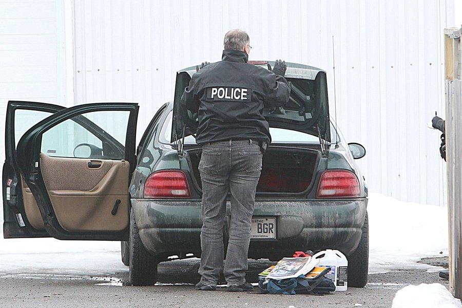 Les policiers ont fouillé des mini-entrepôts situés à... (Photo: Patrick Sanfaçon, La Presse)
