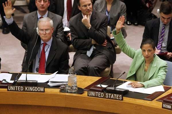 Le grand patron de la diplomatie française, Alain... (Photo Reuters)