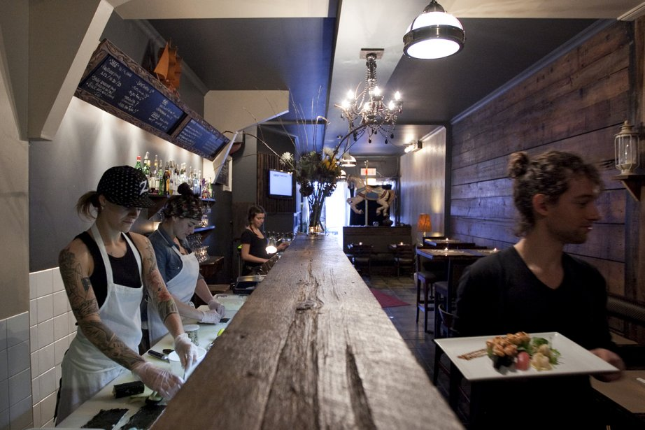 Sata sushi propose un décor simple avec beaucoup... (Photo: Marco Campanozzi, La Presse)