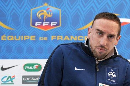 Franck Ribéry a tenu sa première conférence avec... (Photo: AFP)