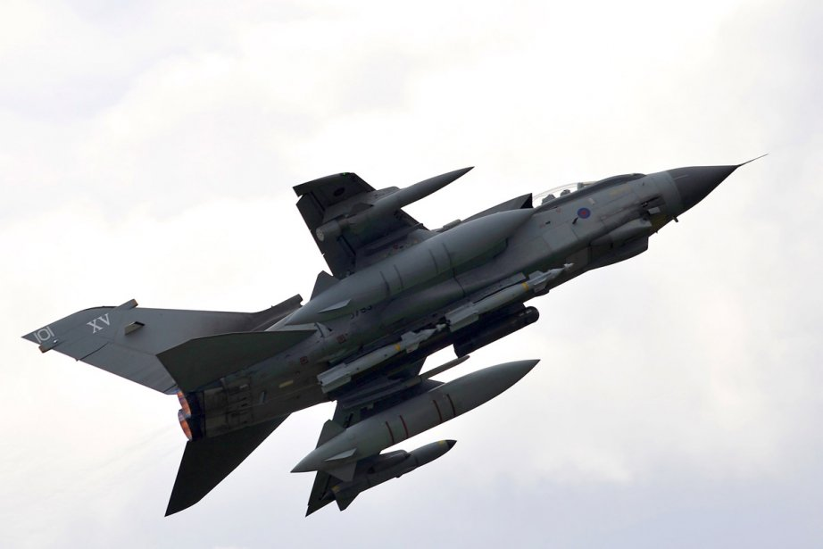 Un avion de l'armée britannique décolle de sa... (Photo: AFP)
