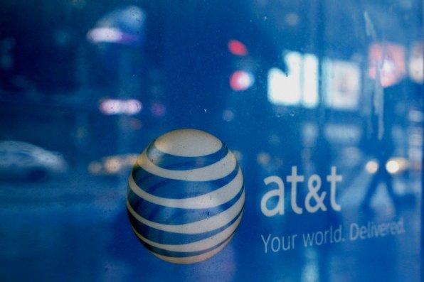 L'achat de T-Mobile USA par AT&T créera un nouveau géant des  télécoms en...