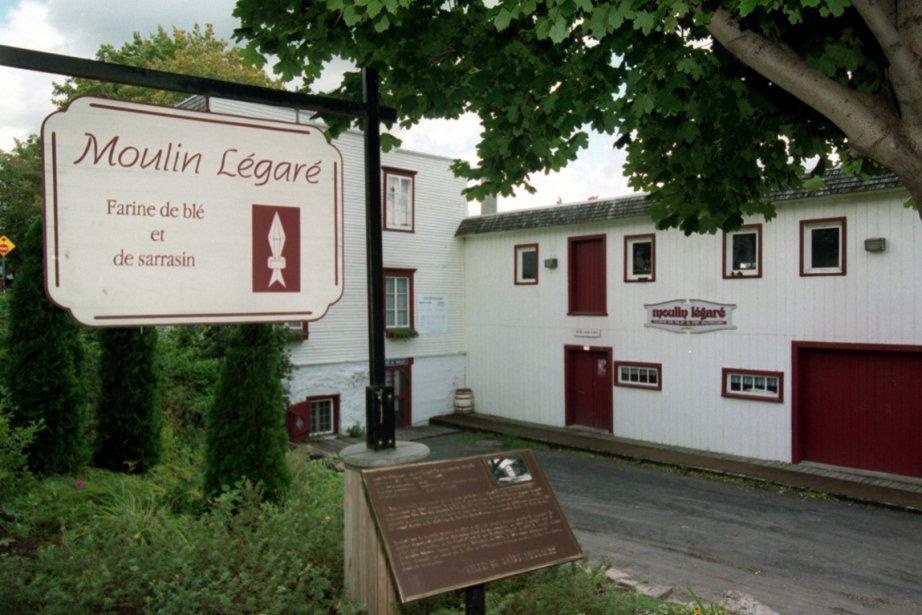 Le moulin de Saint-Eustache est l'un des derniers... (Photo: Rémi Lemée, archives La Presse)