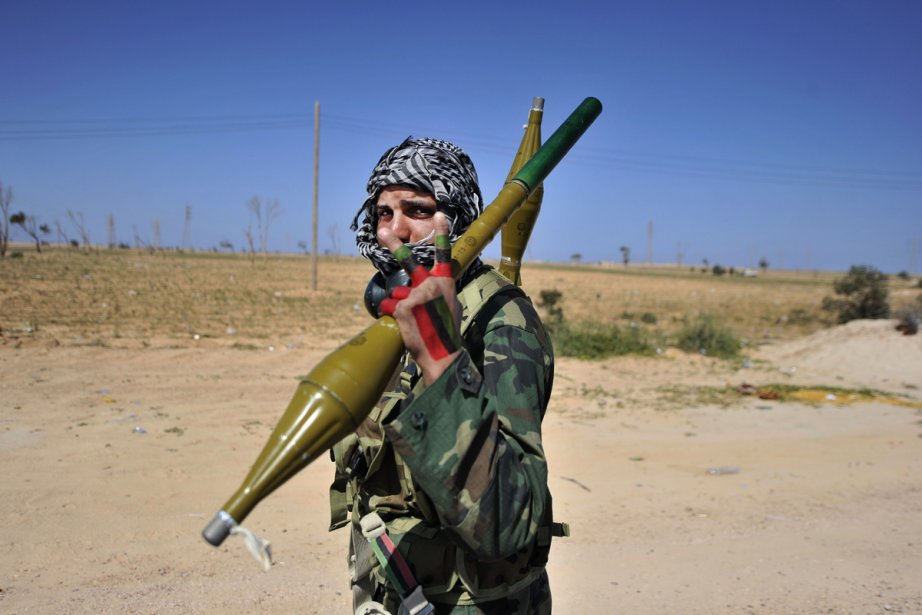 Depuis jeudi dernier, l'armée fait pleuvoir des tirs... (Photo: AFP)