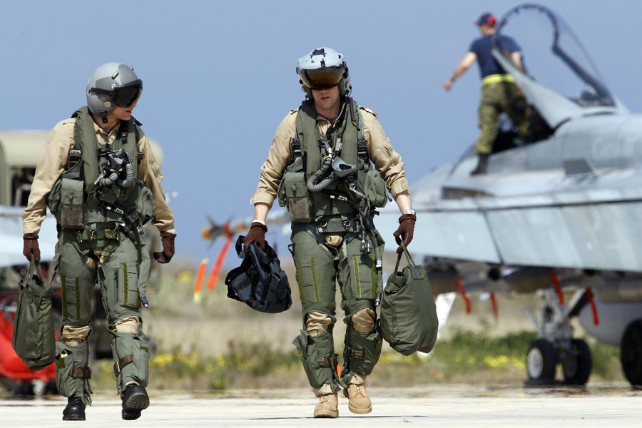 Le Canada augmente sa contribution militaire en Libye   La ...