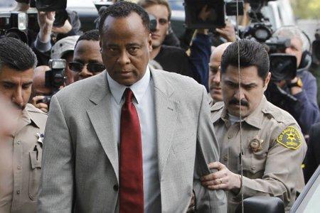 Le docteur Conrad Murray est poursuivi pour homicide... (Photo: Reuters)