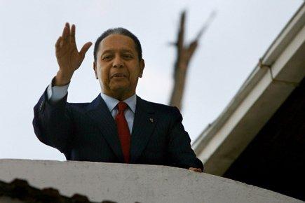 L'ex-dictaeur haïtien Jean-Claude Duvalier, lors de son retour... (Photo: Hector Retamal, Archives AFP)