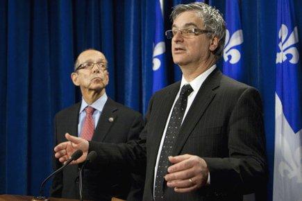 Le leader du gouvernement, Jean-Marc Fournier (à droite),... (Photo: Jacques Boissinot, PC)