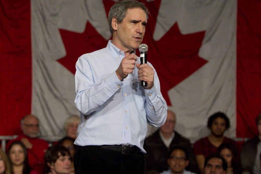 De passage à Winnipeg jeudi, Michael Ignatieff a... (Photo: Ryan Remiorz, PC)