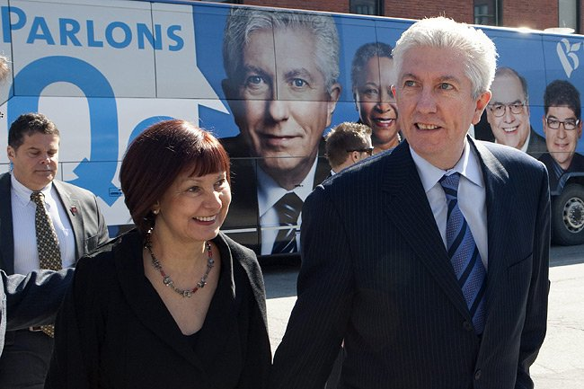 Le chef bloquiste Gilles Duceppe fait campagne dans... (Photo: PC)