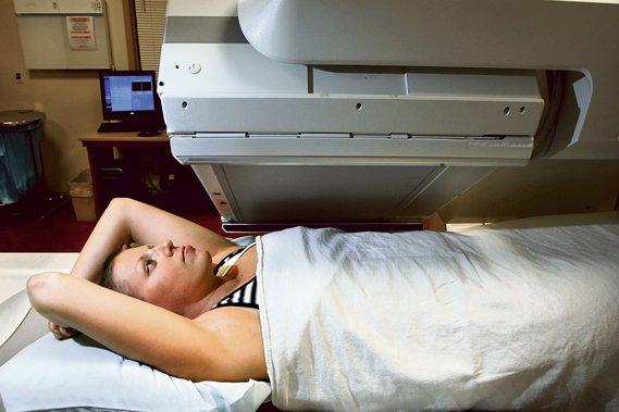 Les établissements de santé du Québec ont commencé à... (Photothèque Le Soleil)