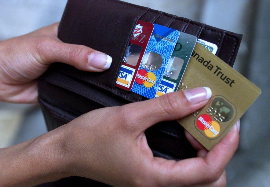 Les trois quarts des familles sont endettées, de... (PHOTO: ARCHIVES PC)