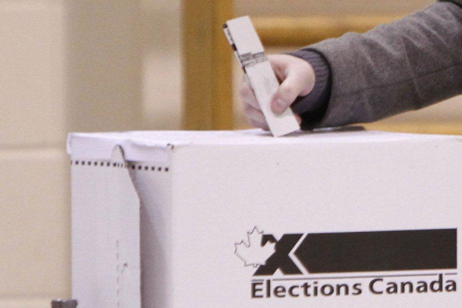 En 2008, Élections Canada a reconnu la légalité... (Photo: Simon Séguin-Bertrand, LeDroit)