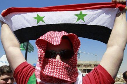 Un groupe d'étudiants des régions de Deraa et... (Photo: Reuters)