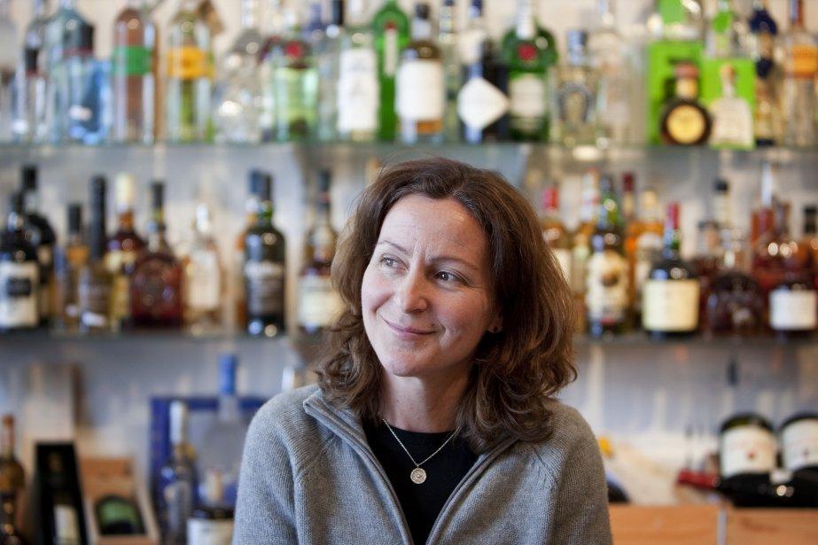 Bonne bouteille chez Hudson Wine Merchants à Hudson. La Co-propriétaire Heather Campbell. (Marco Campanozzi, La Presse)