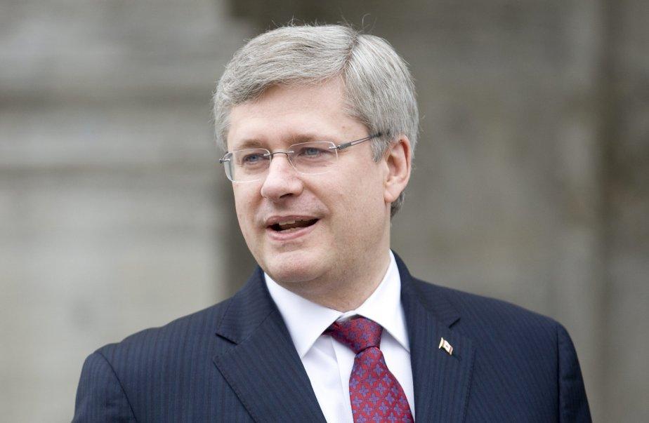 Stephen Harper, chef du Parti conservateur, dirige un... (PHOTO: ADRIAN WYLD, PC)