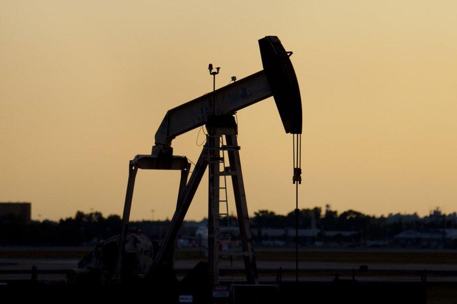Les prix du pétrole ont légèrement baissé... (Photo: François Roy, La Presse)
