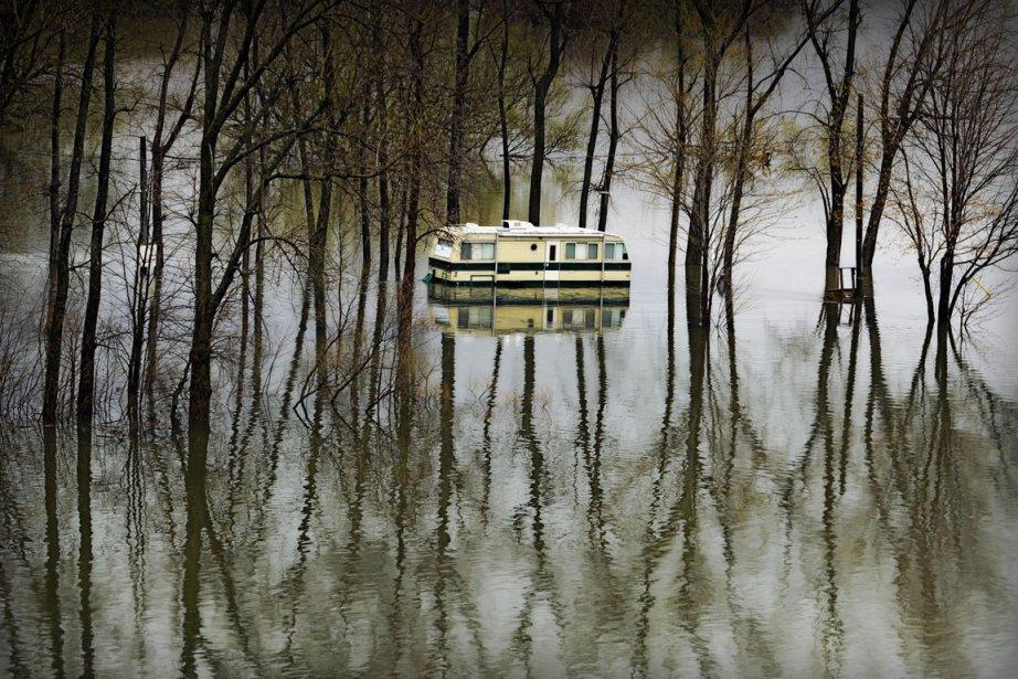 Vous faites parties des 2400 sinistrés de... (Photo: Bernard Brault, La Presse)