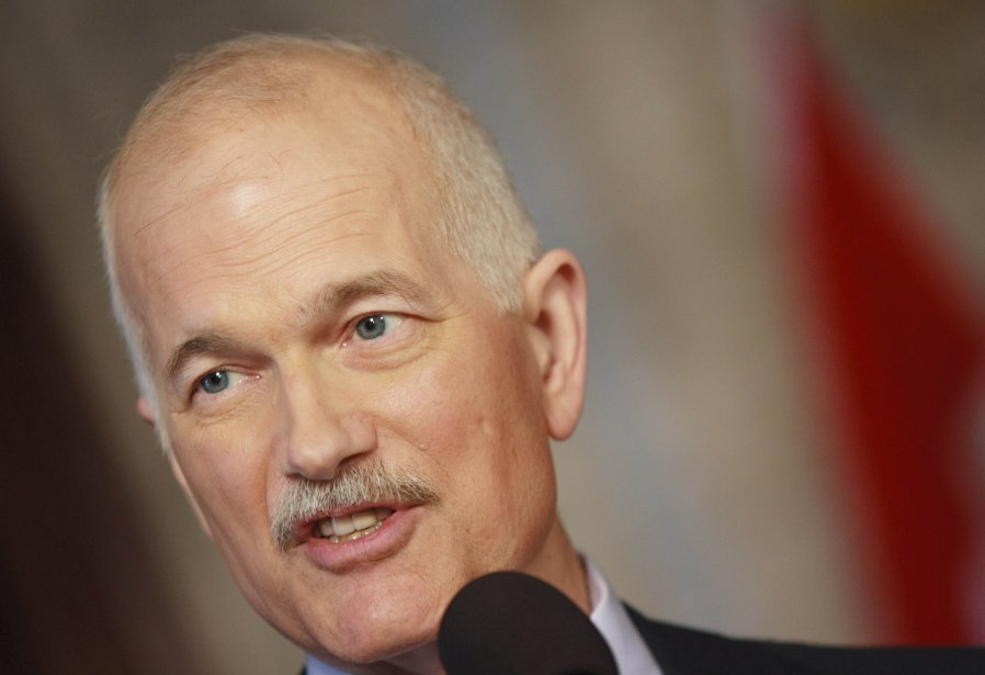Jack Layton, leader du NPD.... (PHOTO: GEOFF ROBINS, AFP)