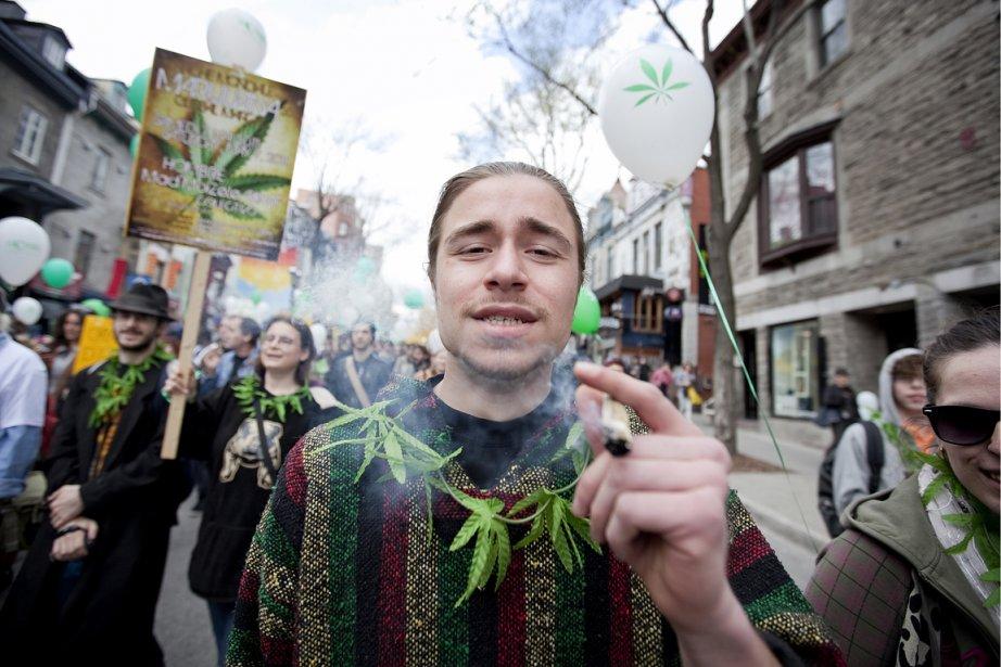 La Marche Mondiale pour la Marijuana est un... (Photo: Marco Campanozzi, La Presse)