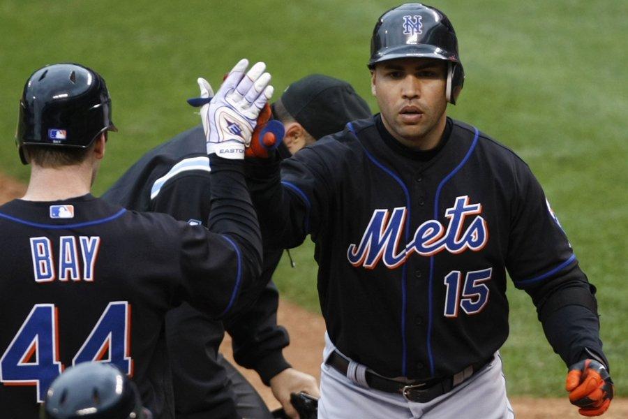 Carlos Beltran (à droite) est devenu le huitième... (Photo: Reuters)