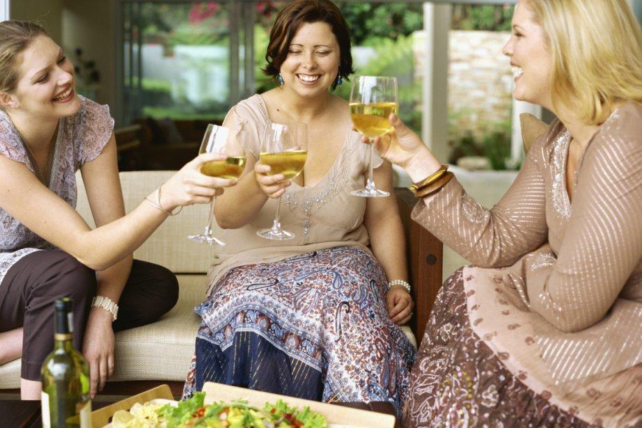 Une étude américaine indique que les habitudes sociales, dans le... (Photos.com)
