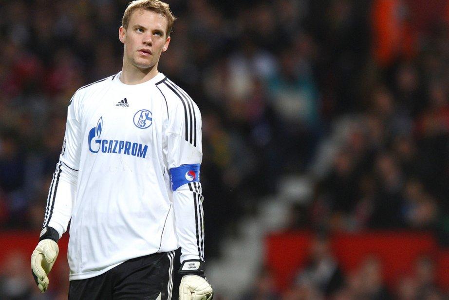 Neuer, qui a fait toute sa carrière à... (Photo: Paul Ellis, AFP)