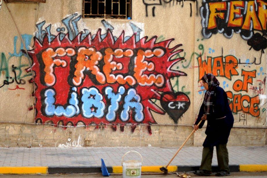 «Libérez la Libye», lit-on sur les murs de... (Photo: AFP)