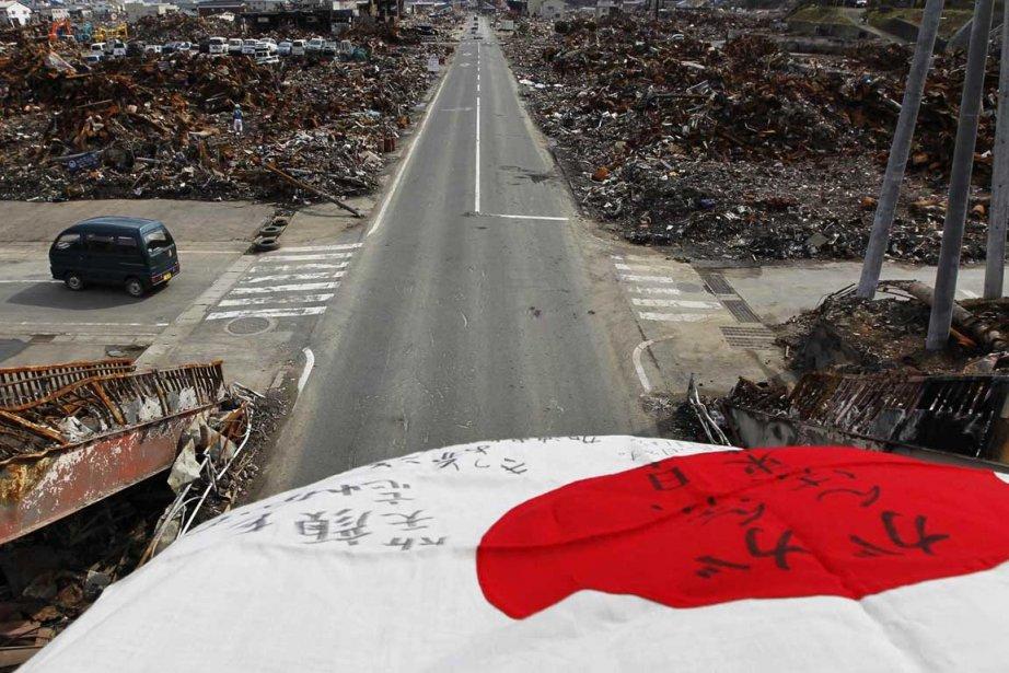 Les dégâts marquent encore le paysage japonais.... (Photo Associated Press)